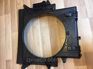 Диффузор радиатора задний Iveco Е3 504045486, фото 3
