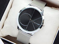 Кварцевые наручные часы Calvin Klein серебряные, черный циферблат, кольчужный браслет, большой логотип, фото 1