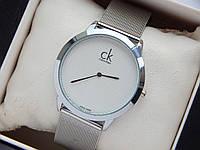 Кварцевые наручные часы Calvin Klein серебряные, мелкая сетка на белом циферблате, кольчужный браслет