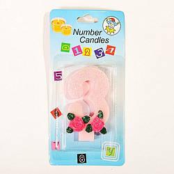 """Свічка цифра """"3"""" з трояндочкою блискуча"""