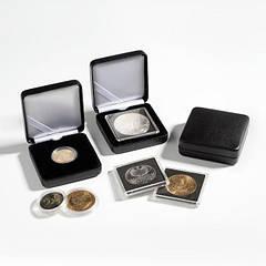 Футляр для монеты 65х65х26мм, углубление ф 42мм.