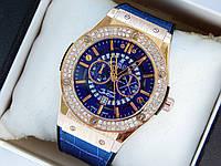 Кварцевые наручные часы Hublot geneve скелетоны,золото, синий ремешок, два ряда страз, дата, фото 1