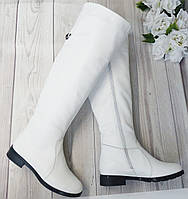 Білі шкіряні женске ботфорти від виробника, фото 1