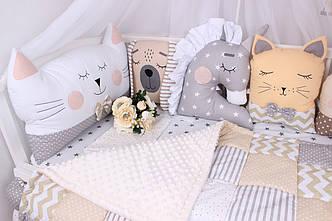 Комплект в кроватку с зверюшками в бежевых тонах