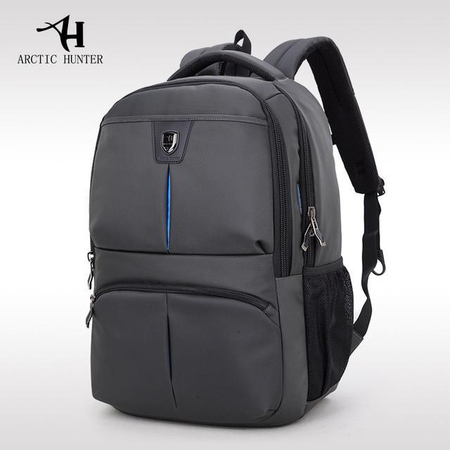 """Мужской влагозащищённый рюкзак для ноутбука до 15,6"""" Arctic Hunter 1500176, с отверстием для наушников, 22л"""