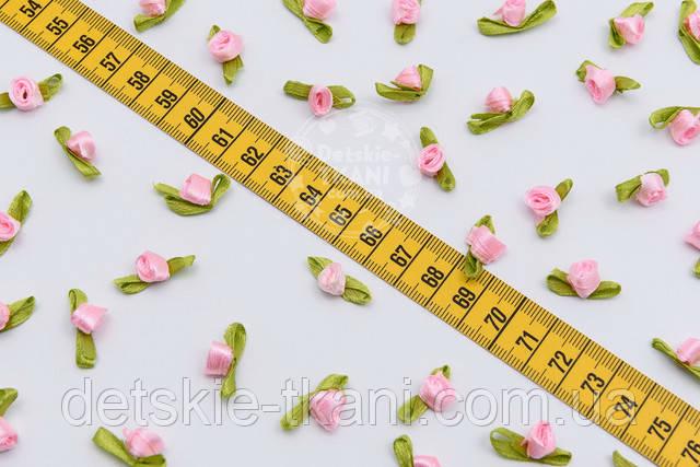 розовые декоративные розочки