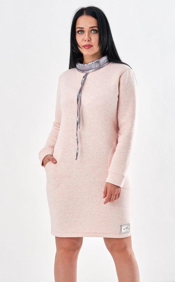 b03a78c4f23 Женская теплая туника с воротом розового цвета. Модель 19921. Размеры 46-56
