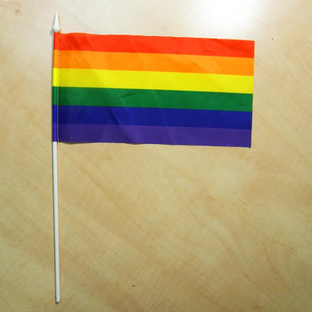 Сувениры с ЛГБТ-символикой