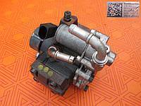 Топливный насос на Volkswagen Caddy 1.6 tdi. ТНВД к Фольксваген Кадди 03L130755E01, б/у Сименс