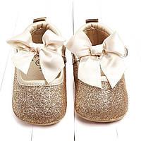 Детские нарядные золотые пинетки туфельки для девочки на первый годик, крестины, фото 1