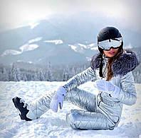 Серебрянный зимний женский комбинезон с натуральным мехом чернобурки