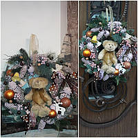 """Красивый венок """"Мечты медвежонка"""" к Новому году, натур.материалы, мягкая игрушка, d=50 см., 750 гр."""