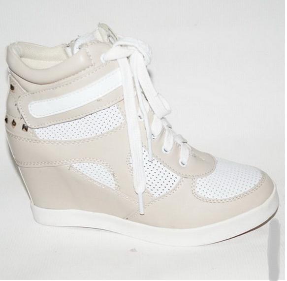 Ботинки женские Сникерсы