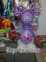 Лунтик из шаров с цветком