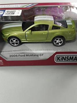 Машинка Kinsmart 2006 Ford Mustang GT