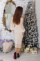 Вечернее платье средней длины облегающее длинный расклешенный рукав бежевое, фото 2