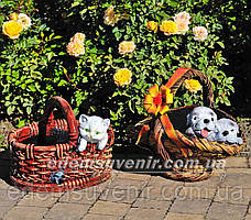 Садовая фигура Корзина сюрприз и Корзина с котенком
