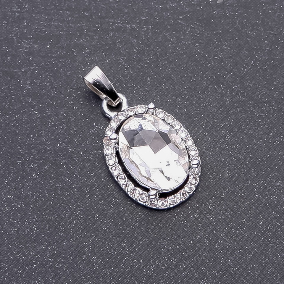 Кулон белый кристалл d-19х15мм L6мм