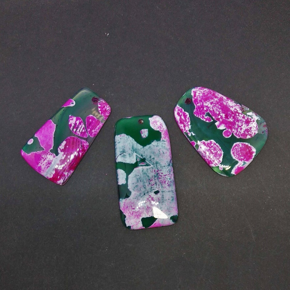 Кулон Трапеция зеленый Агат с розовым принтом +-4х3см