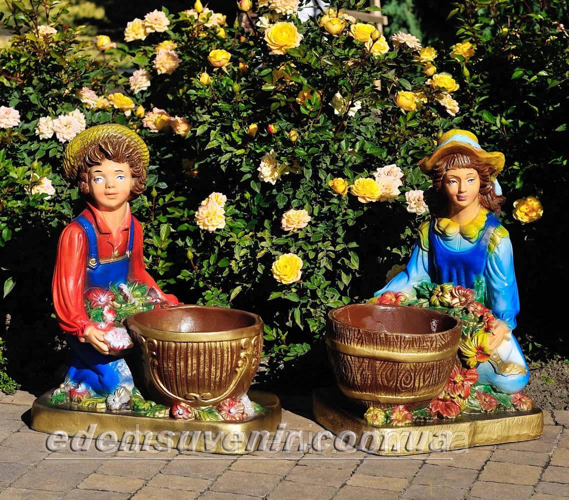 Садовая фигура подставка для цветов Иванко и Галочка