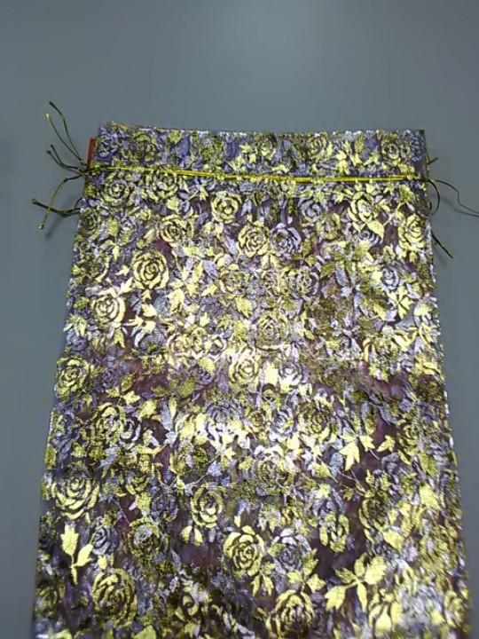 Подарочный мешочек из органзы сиреневый с рисунком розы