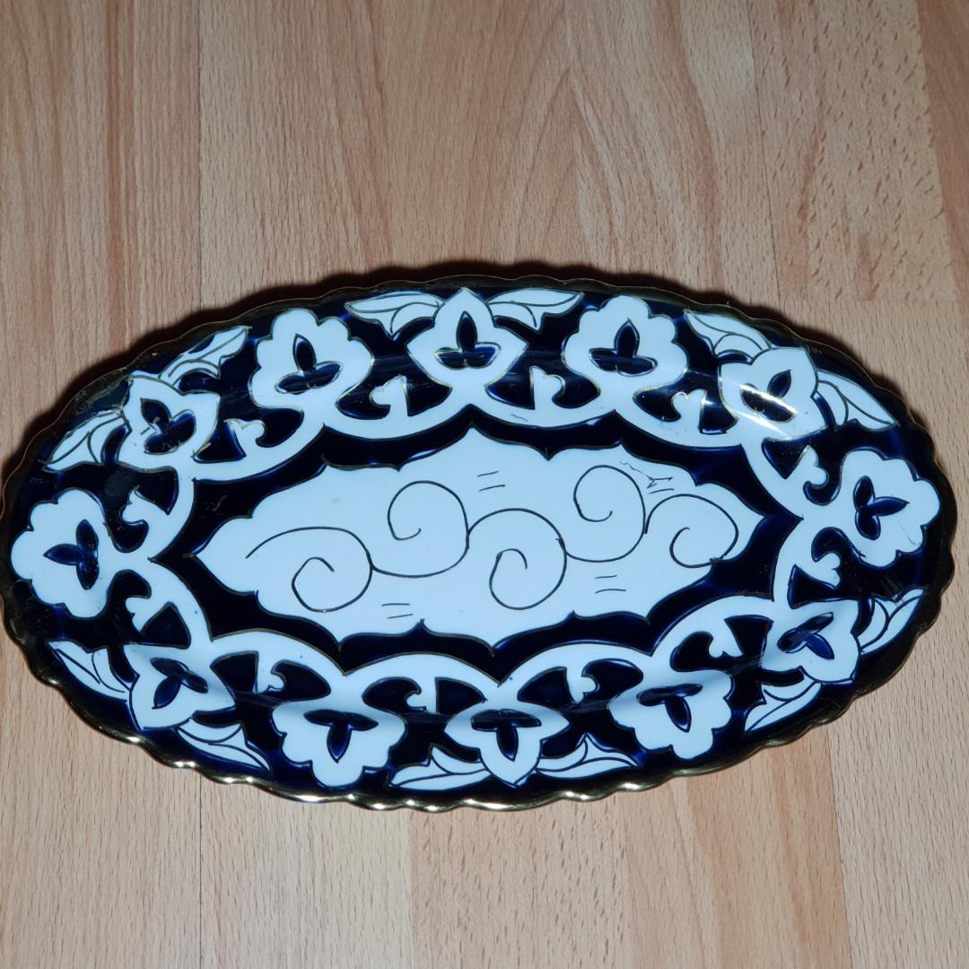 Узбецька сільодниця, узбекская овальная тарелка