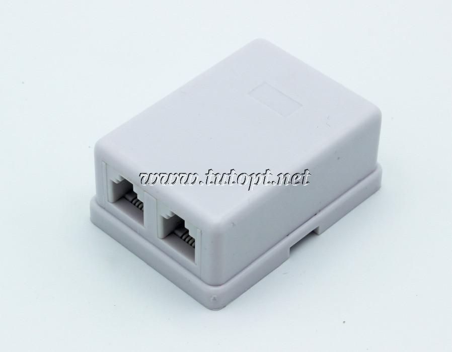 Телефонная коробка пластмассовая на 2 гнезда. Распродажа