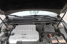 Розпірка передніх стійок Toyota Camry (кузов 40) з 2006 р.