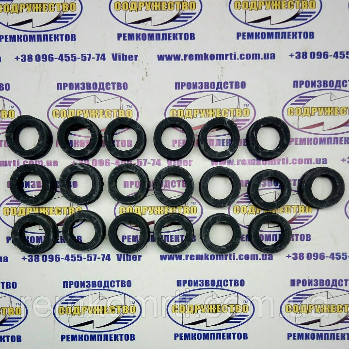Направляюча втулка штанг клапанів Д30-1007399А (гума) (каток ТТ-4)