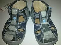 Обувь детская, тапочки, р. 20. Польская обувь. обувь для мальчика.