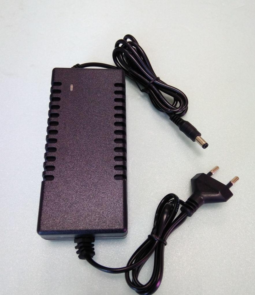 Розеточный блок питания 72W 12V 6A IP20