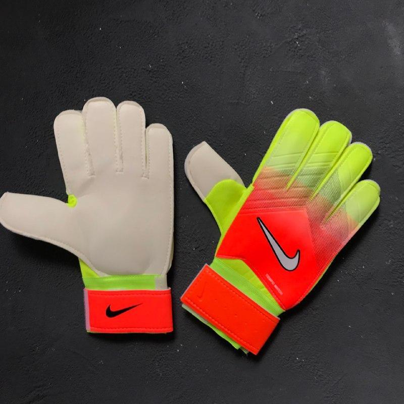 2dc3c636 Вратарские перчатки Nike Gk Tiempo Match, цена 589 грн., купить в Киеве —  Prom.ua (ID#826782366)