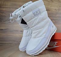 Женские дутики зимние сапоги Nike белые. Живое фото (Реплика ААА+), фото 1