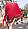 Рюкзак женский кожзам однотонный с заклепками Красный, фото 5
