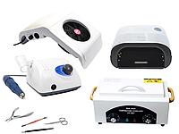 Професійний набір обладнання для майстра манікюру та педикюру.