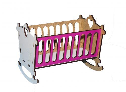 Кровать-люлька для кукол (бело-розовая)