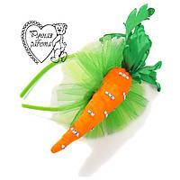 Морквина на ободку (шпильки) на ранок
