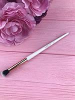 Кисть для теней коническая №007 Malva Cosmetics Tapered Shadow Brush