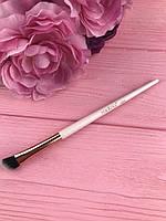 Кисть для растушевки теней скошенная №008 Malva Cosmetics Brush For Shadows
