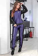 Стильный черный женский велюровый спортивный костюм с синими велюровыми вставками. Арт-7554/7, фото 1