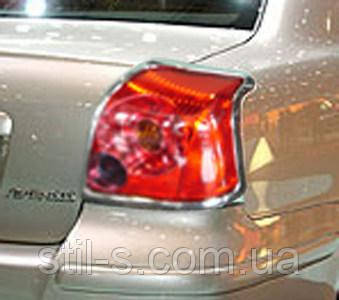 Окантовка задних фонарей TOYOTA AVENSIS (2003-2009)