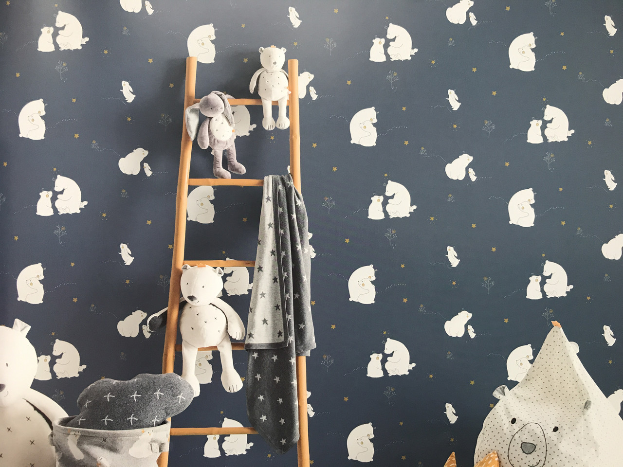 Обои флизелиновые Decoprint 21100 Sweet Dreams детские мишки 0,53x10,05 м