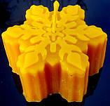 """Новогодняя восковая свеча """"Снежинка #2"""" из натурального пчелиного воска, фото 3"""