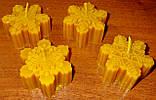 """Новогодняя восковая свеча """"Снежинка #2"""" из натурального пчелиного воска, фото 7"""