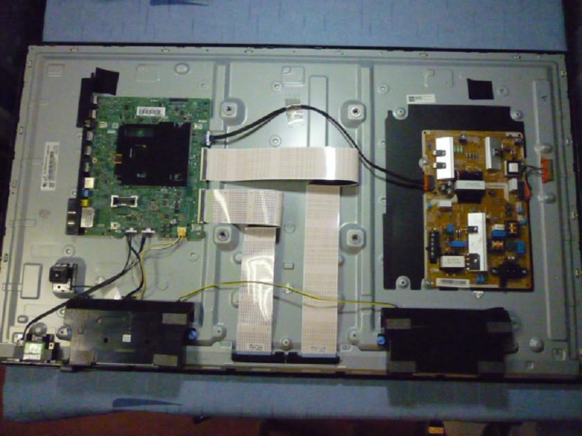 Платы от LED TV Samsung UE40KU6000UXUA поблочно, в комплекте (разбита матрица).
