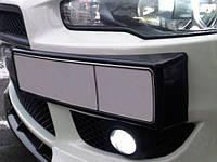 Передняя подставка под номер Mitsubishi Lancer Х 2008- (ABS-пластик) Черный глянец FLY