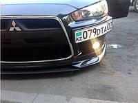 Передняя подставка под номер Mitsubishi Lancer Х 2008- (ABS-пластик) Черный матированный FLY
