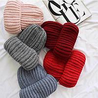 Женская шапка крупной вязки (расцветки)