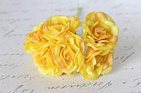 Декоративный цветок чайной розы диаметр 4 см ярко-желтого цвета, фото 1