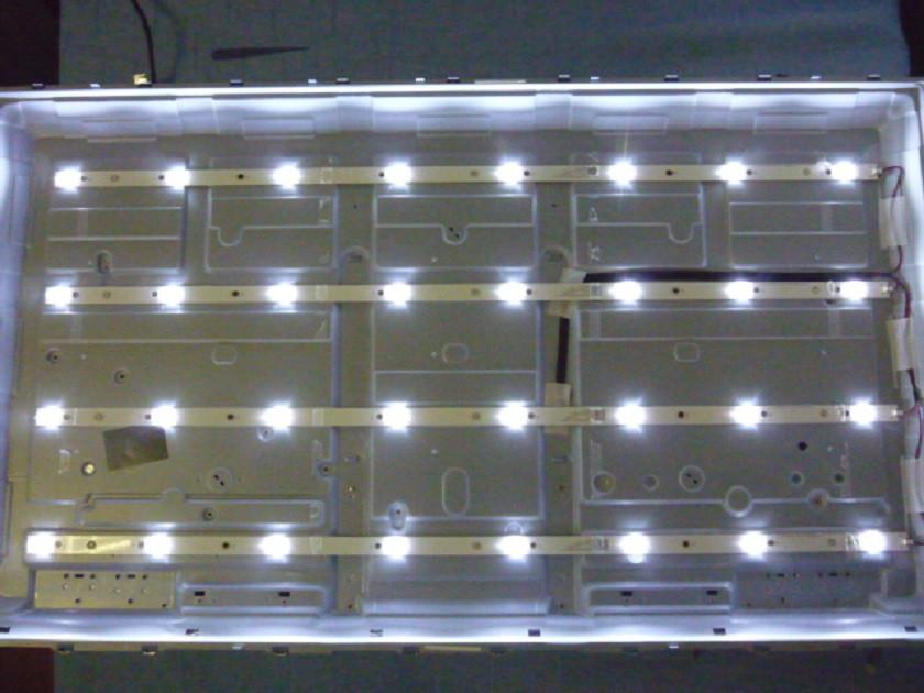 Светодиодные LED-линейки LB-PM3030-GJEU434X8AQY2-Y (матрица TPT430H3-FHBN10.K).